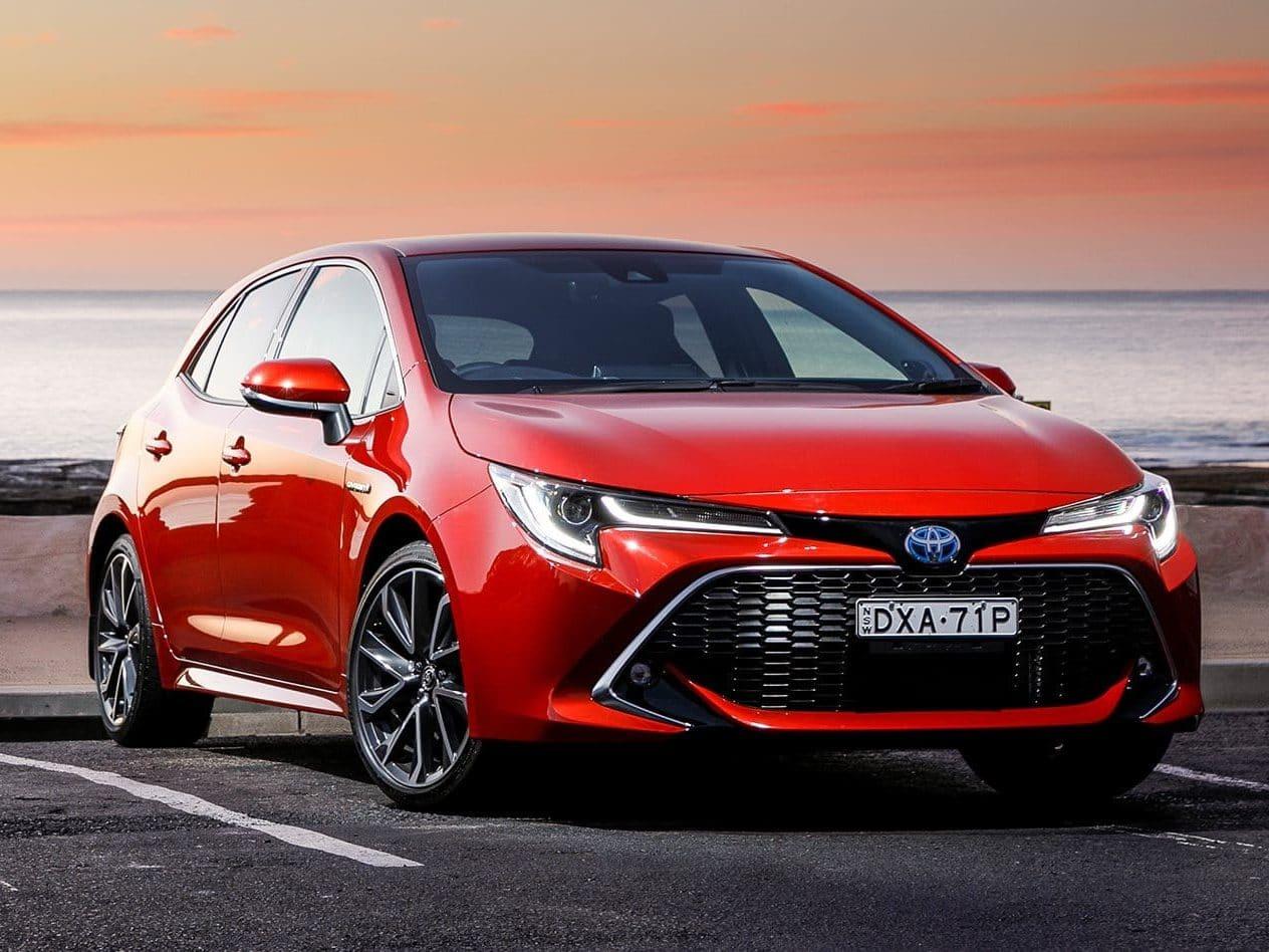 Toyota Corolla Icon Tech 1.8VVT-i Petrol Hybrid Auto Hatch (Sat Nav)
