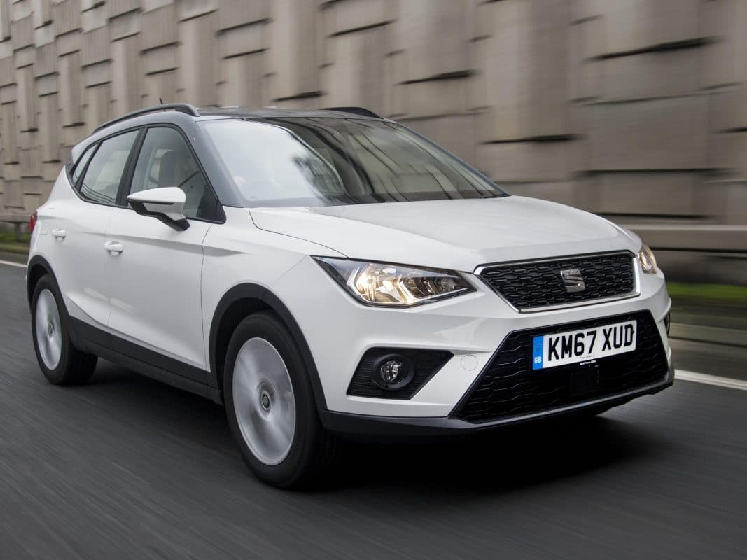 SEAT Arona FR 1.0 TSI 115 PS 6-speed manual