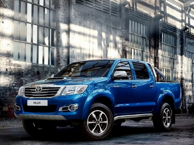 Toyota Hilux Diesel Invincible