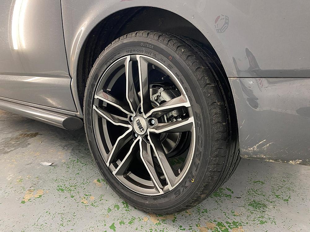VW Transporter alloy wheel