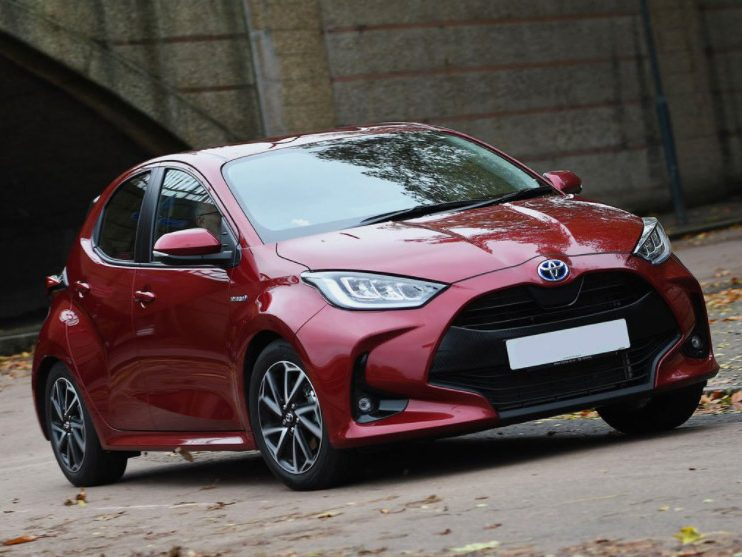Toyota Yaris 1.5 Hybrid Dynamic 5DR CVT